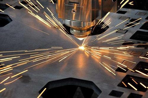 光纤激光切割机与CO2激光切割机有什么区别?
